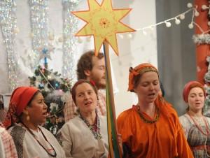 Noël urkainien, procession avec l'étoile
